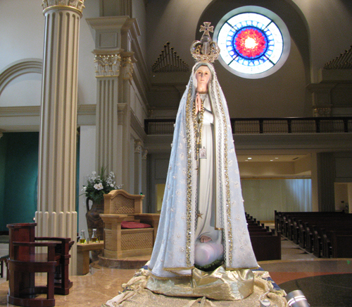 The National Pilgrim Virgin statue at the Cathedral of the Immaculate Conception. (John Heuertz photo)