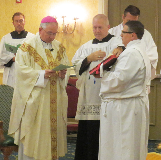 Los Angeles Archbishop Jose H. Gomez celebrates Mass July 29 at the Kansas City Marriott Plaza Hotel to conclude the three-day Diocesan Pro-Life Leadership Conference, sponsored by the U.S. bishops Pro-Life Secretariat and hosted by the Diocese of Kansas City-St. Joseph and the Archdiocese of Kansas City in Kansas. (Kevin Kelly/Key photo)